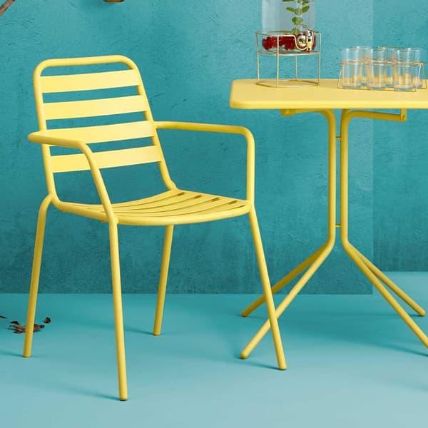 Garden-furniture-bistro-set